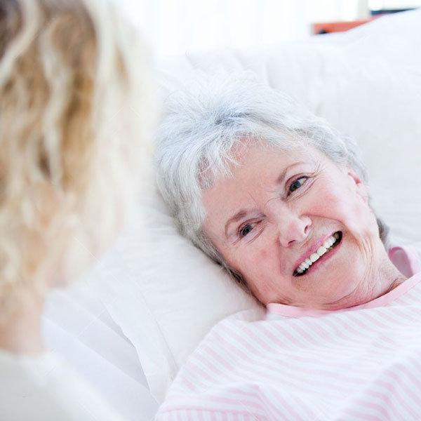 noleggio-letti-ospedalieri-anziani