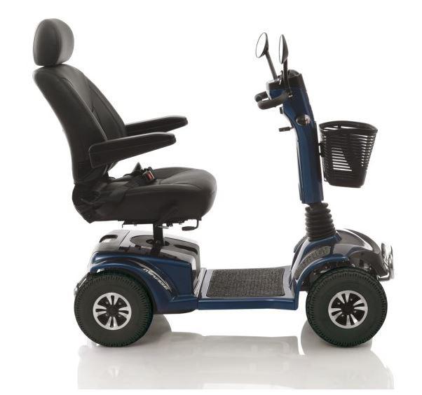 auto-scooter de edad avanzada